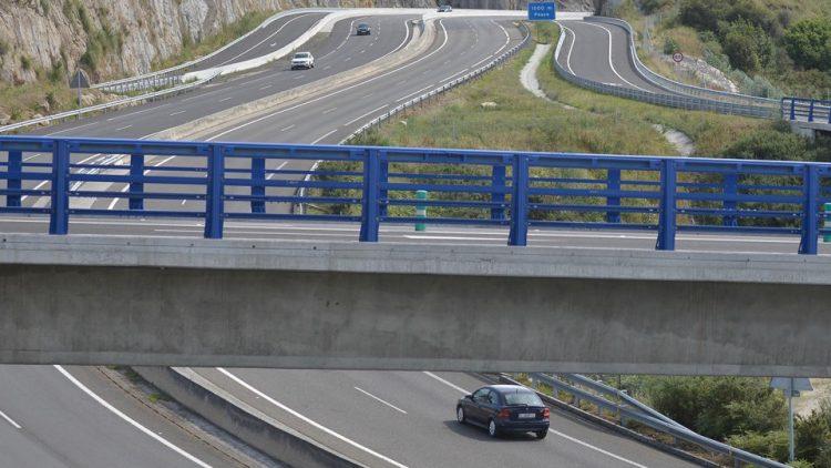 09 julio 2017  Arteixo.- Un año sin avances en la eliminación del peaje de la autopista AG-55  Vista del peaje de la AG-55 a la altura de Pastoriza